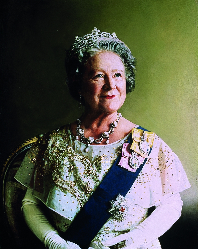 01-hm-the-queen-mother-copy